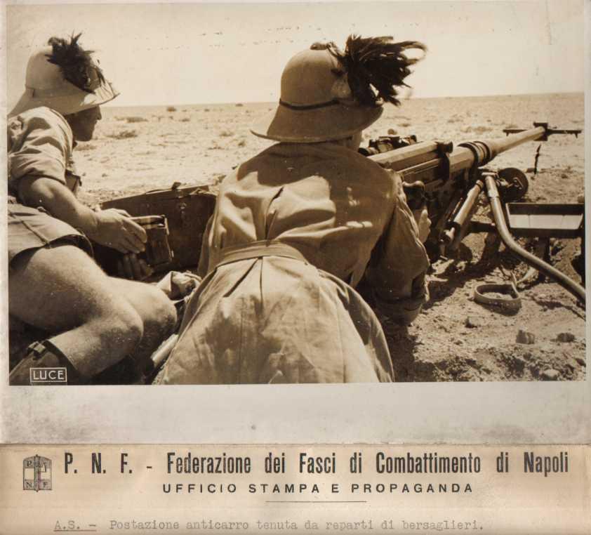 Bersaglieri nel deserto africano