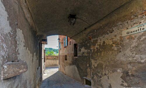 questo è il cardine di porta Genova ?
